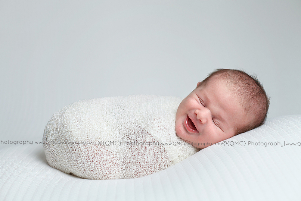 Calgary Alberta Newborn Photographer 054 Smiles|Calgary Alberta Newborn Photographer
