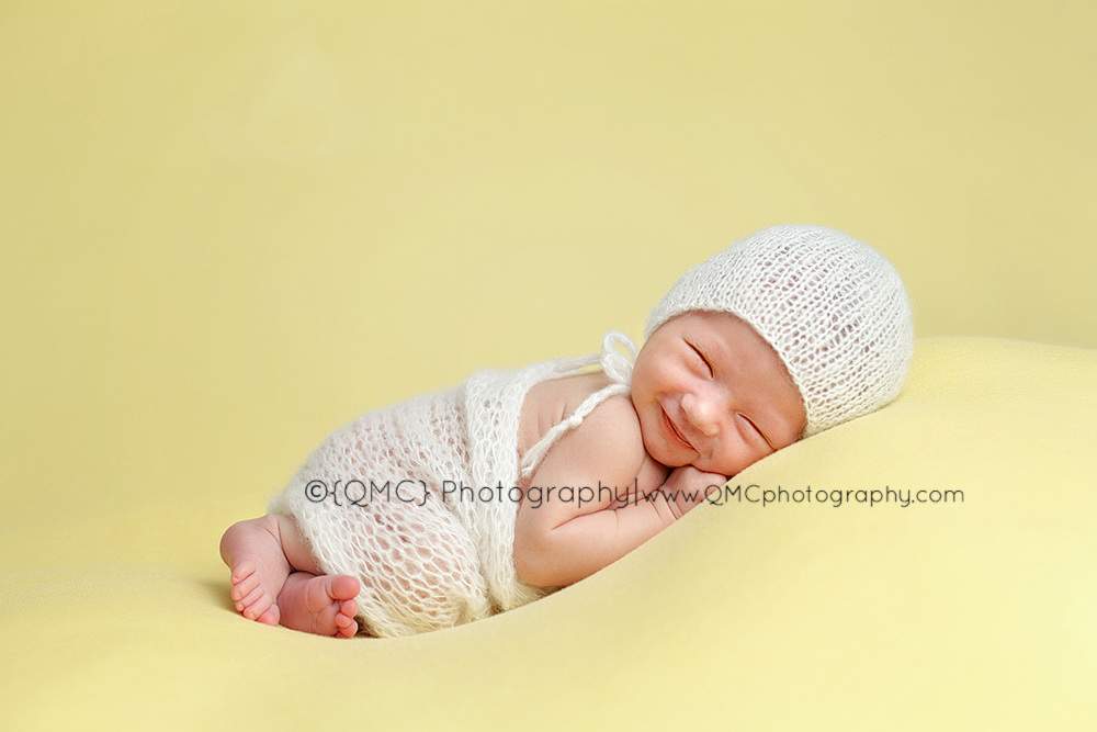 Calgary Alberta Newborn Photographer 154 Smiles|Calgary Alberta Newborn Photographer