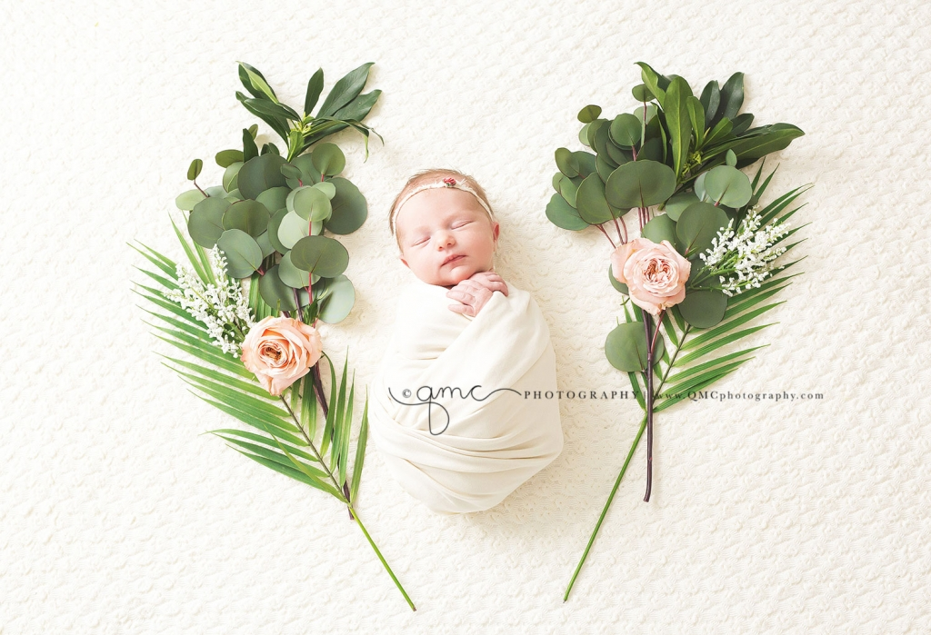Calgary Newborn Photography 13 1024x699 Open Again!